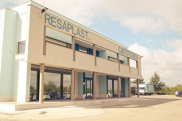 resaplast produce packaging alimentari in plastica
